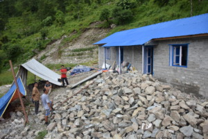 Dipli: the community working on the building