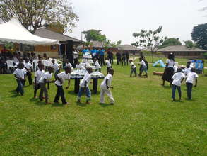SOS-children dancing on commemoration day.