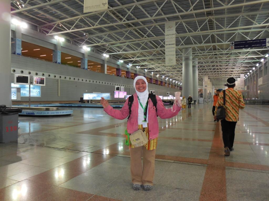 Reny Juita en route to IMCRA session in Indonesia