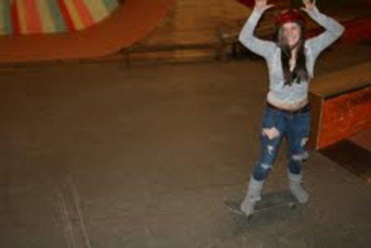 Girls Skate too