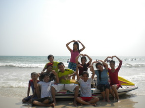 Top Students Reward Retreat to the Beach