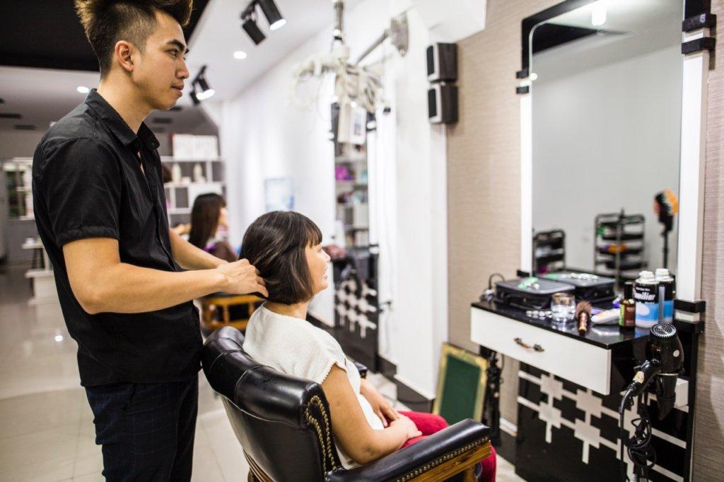 Our social enterprise EM Hair Salon in Hanoi