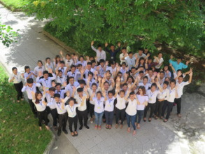 REACH Hue students