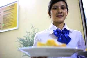 Food & Beverage students learn practical skills
