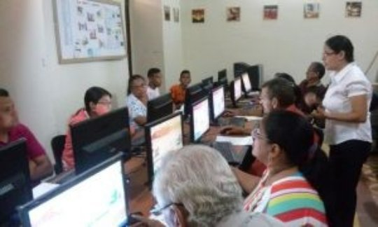 Youngsters in computing course