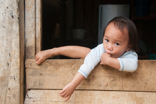 A Dusun child from Bundu Tuhan