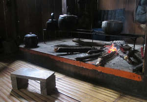 Traditional cooking hearth