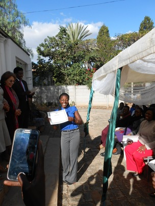 Sithabisiwe receives her diploma in counseling