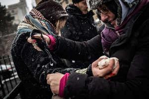 Laura Silvia Battaglia stops the bleeding