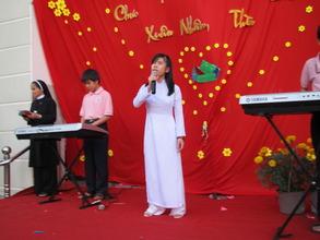 concert at new Nhat Hong
