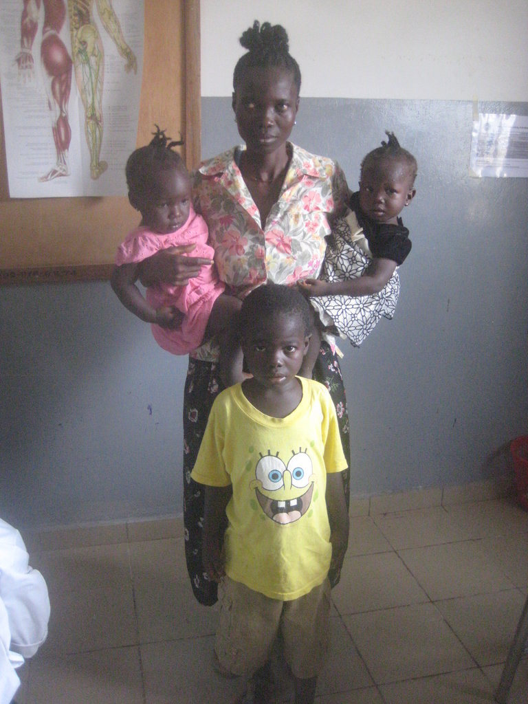 Jatu and her family