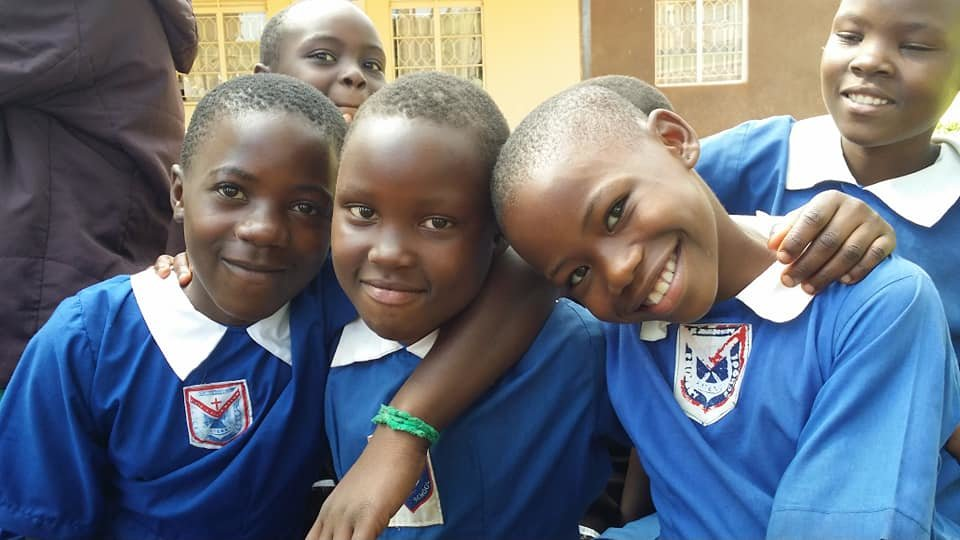 Build a school for 400 vulnearble kids in Uganda