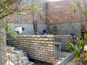 "Walls going up with new ""tabicon"" gray blocks"