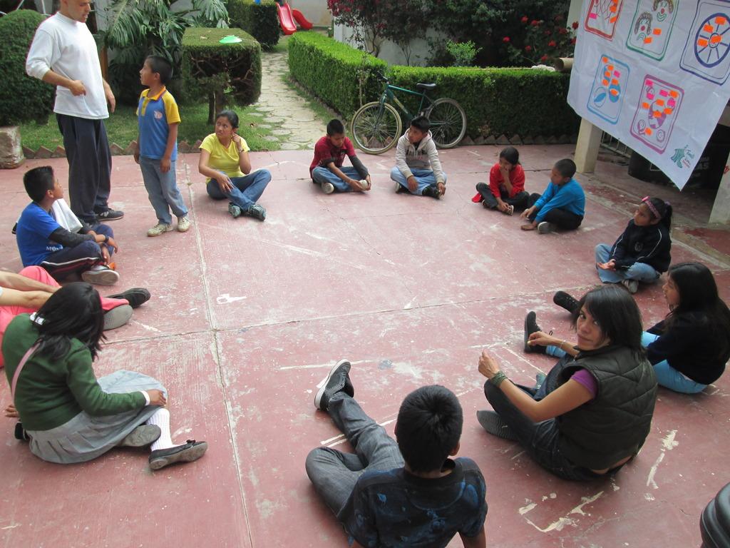 Social circus activities at Melel