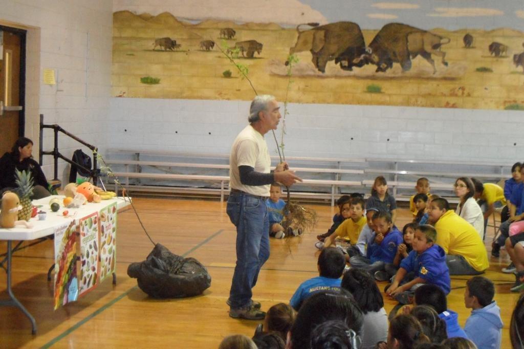 Environmental curriculum at Little Wound School