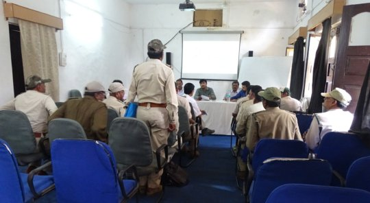 WTI team interacting with Forest Department team