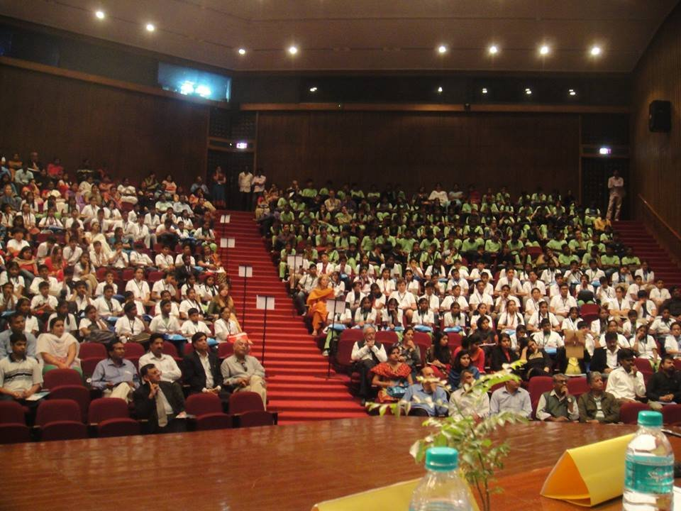 200 children at the Festival of Science