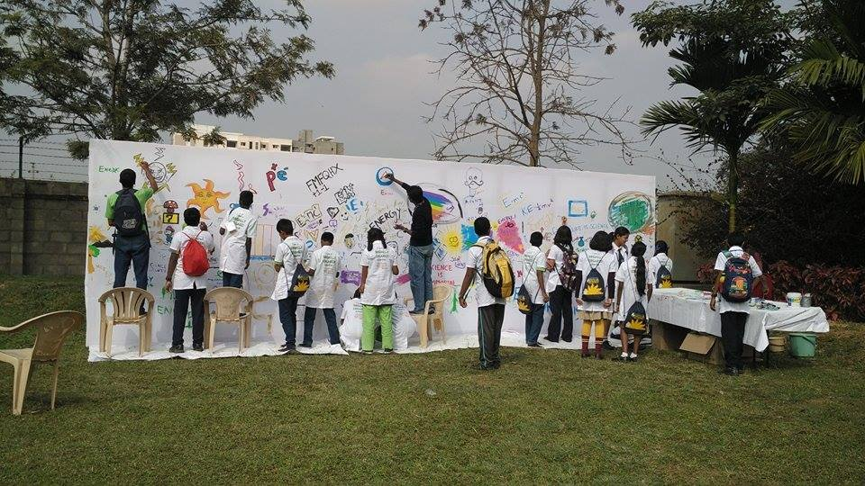 The wall of science at the Festival