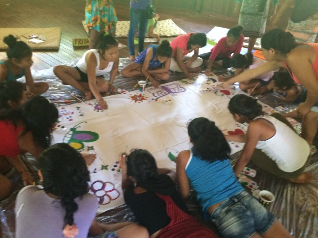 Artistic activity on Girls for the World Workshop