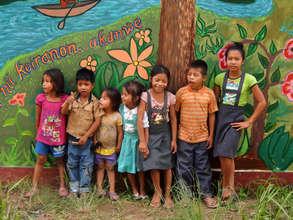Youth artists in Shipibo community of Santa Clara