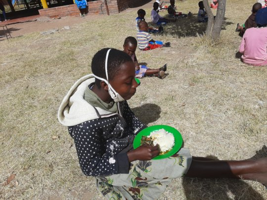 feeding children during COVID-19