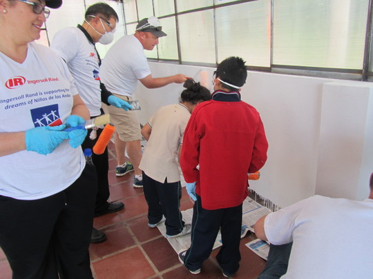 Painting is a special moment for the kids.