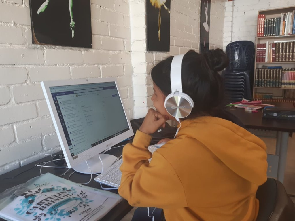 Our children with new headsets, thanks to you!