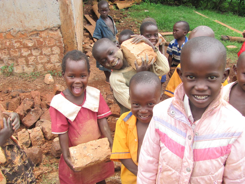 Build Classrooms for Primary Students in Uganda