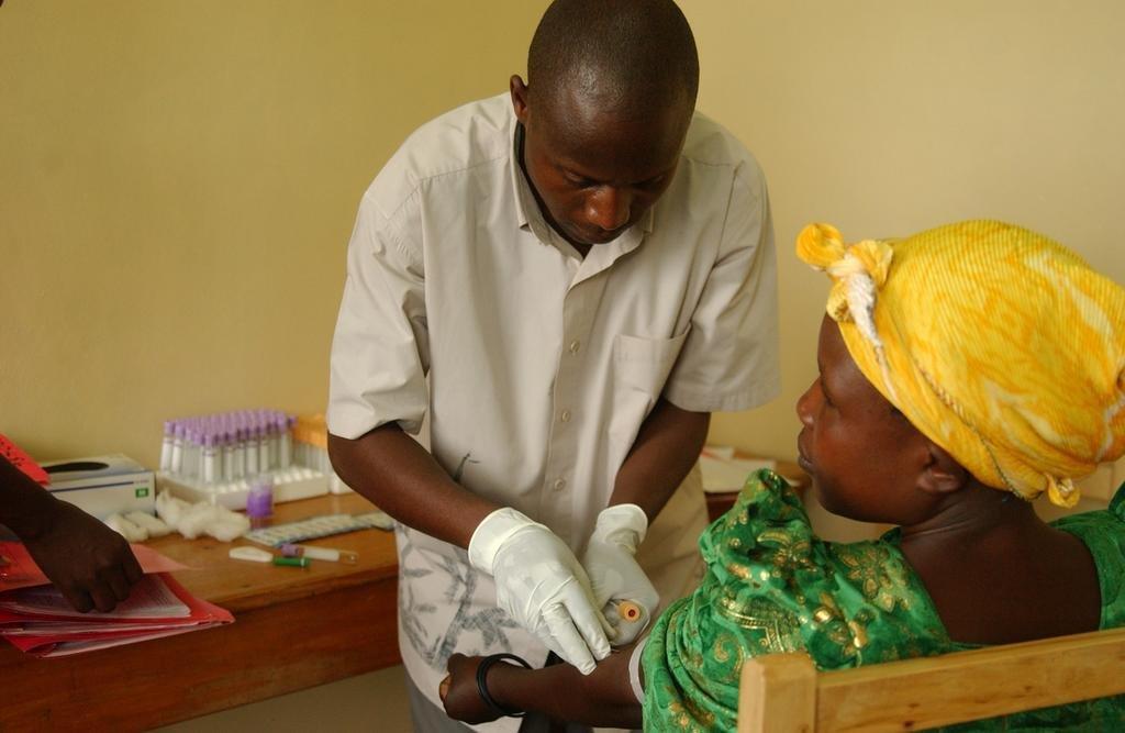 Train AIDS Vaccine Researchers in Kenya
