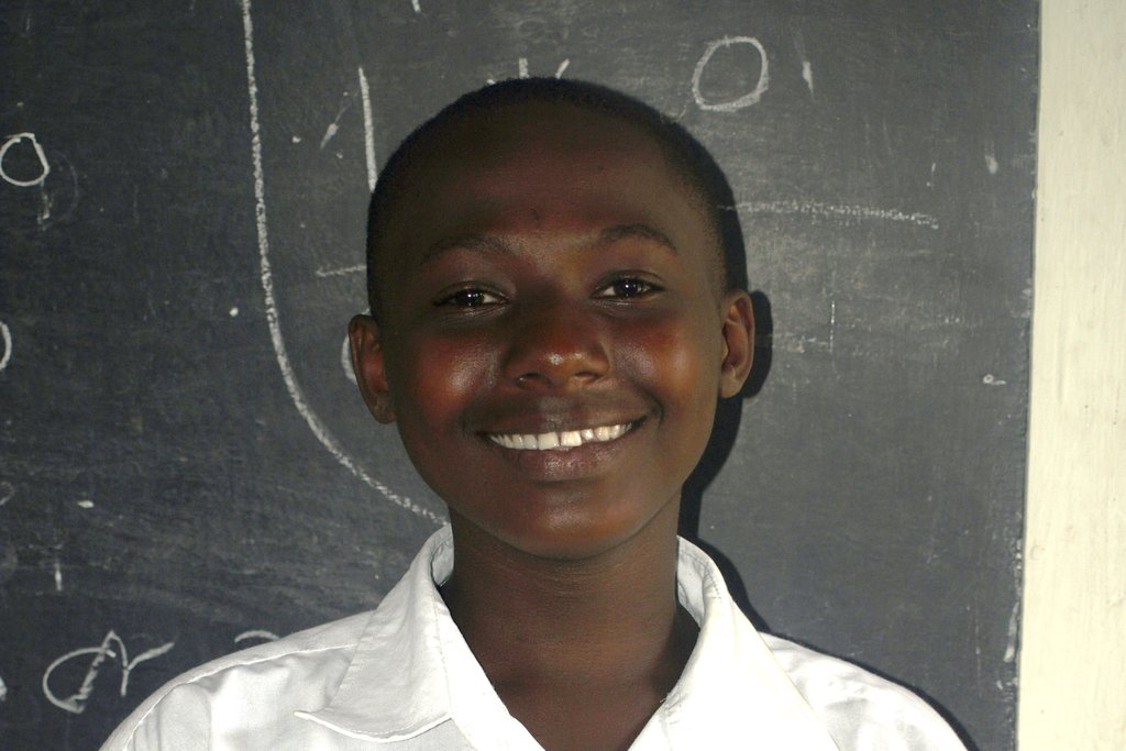 Support Annet's Education
