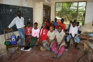 Older students at Arumeru in a Mambo Elimu lesson