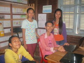 Youth team becomes volunteer teachers