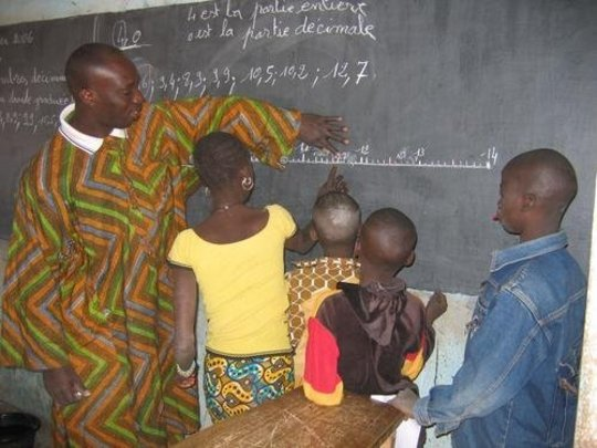 Interactive teaching in the village of Tamala