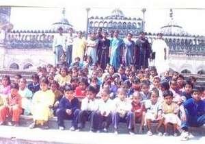 Children on historical monument exposure trip