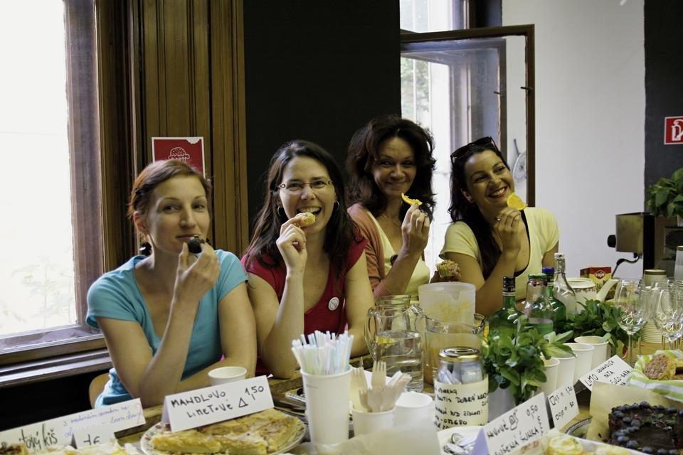 Girls from Len tak tak in their restaurant