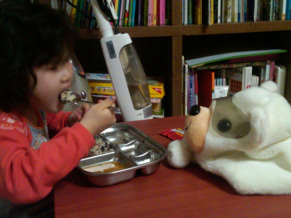 [KKOOM] Korean Orphans Need Furniture!