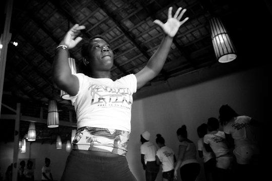 Aritza learning choreography