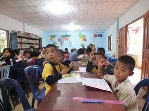 Young Burmese language class students