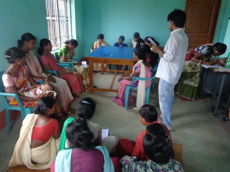 Women filling out NJPC-A Million Voices form