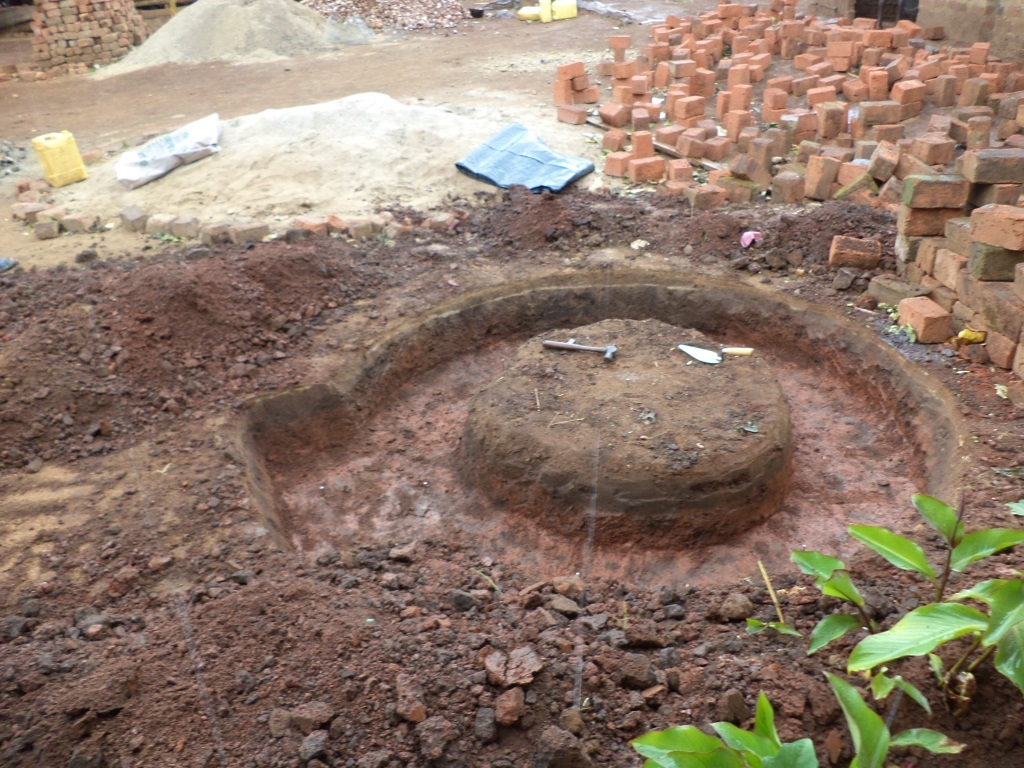 Water tank base foundation