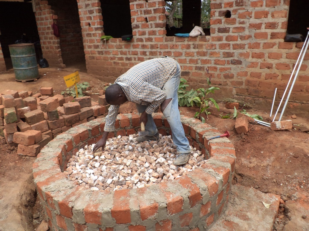 Stone graveling the water tank base