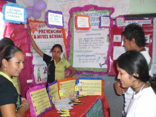 Educate teenagers about sexual health in Bolivia