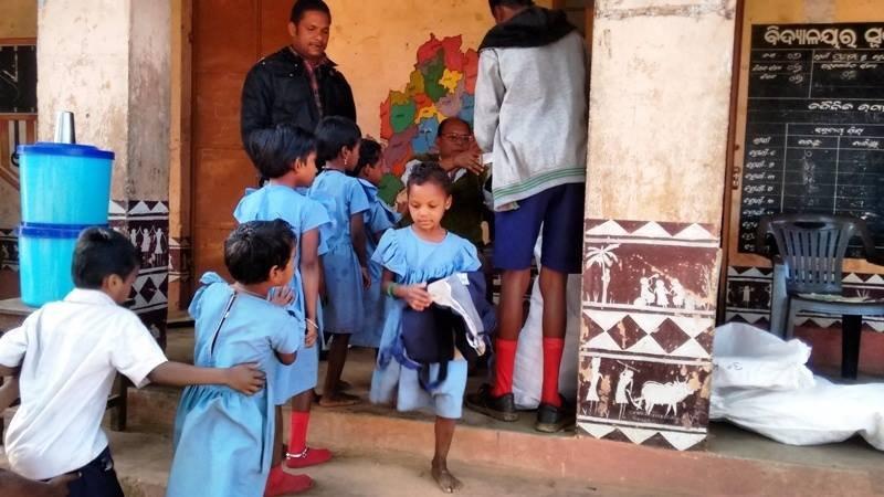 Distribution of school kits!!