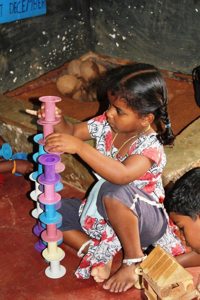 Building blocks to improve the motor skills