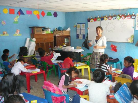 Brenda teaching pre-school in Itzapa