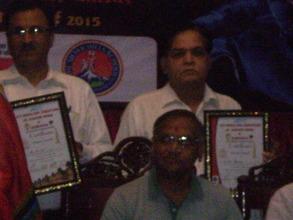 Dr. Sharma received award with Mayor of Gwalior.