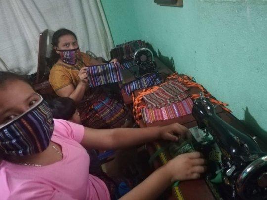 Single mums making face masks