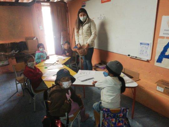 Local teacher Gladys in Ecuador