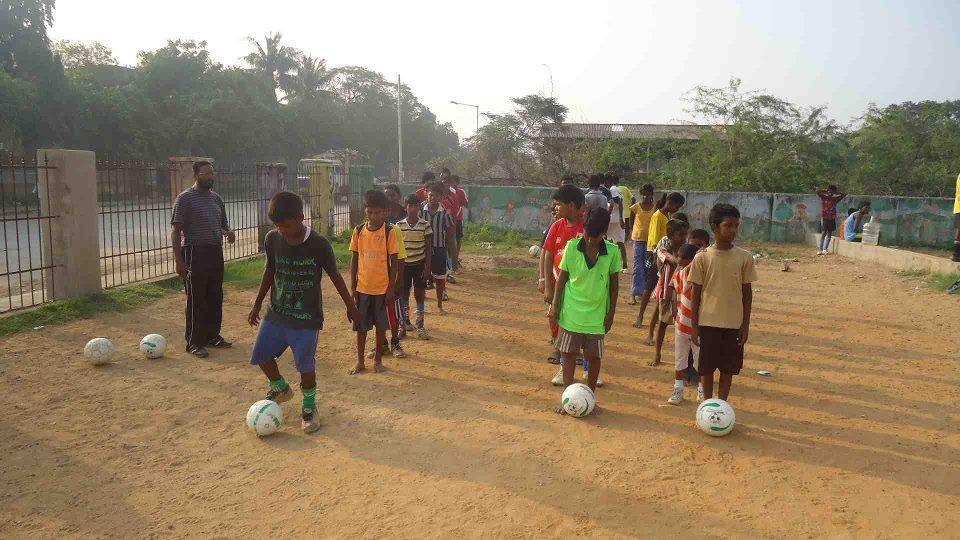 Education & Health via Sports to Indian Slum Kids