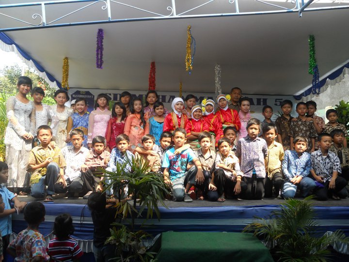 our students posing together